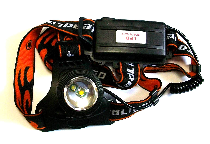 Купить Фонарь налобный CH XPE+Желтый свет (2хLi-ion 18650, Zoom, ЗУ, АЗУ) BL-2199-2 в интернет магазине ЧАС с доставкой по Севастополю и Крыму. Приобрести Фонарь налобный CH XPE+Желтый свет (2хLi-ion 18650, Zoom, ЗУ, АЗУ) BL-2199-2 по выгодной цене можно в одном из наших магазинов или сделав заказ на сайте.  Возможна доставка заказов любой ТК по всей территории России.